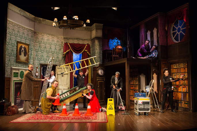 The Play That Goes Wrong Header Image